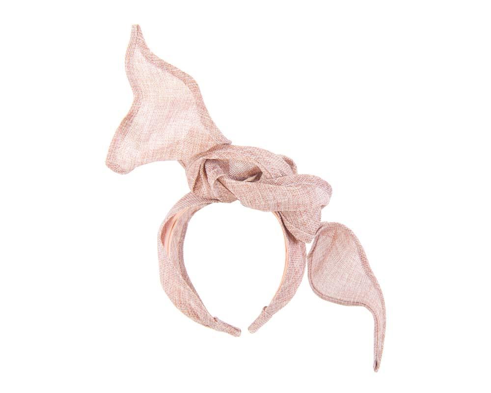Dusty pink linen constructed fascinator