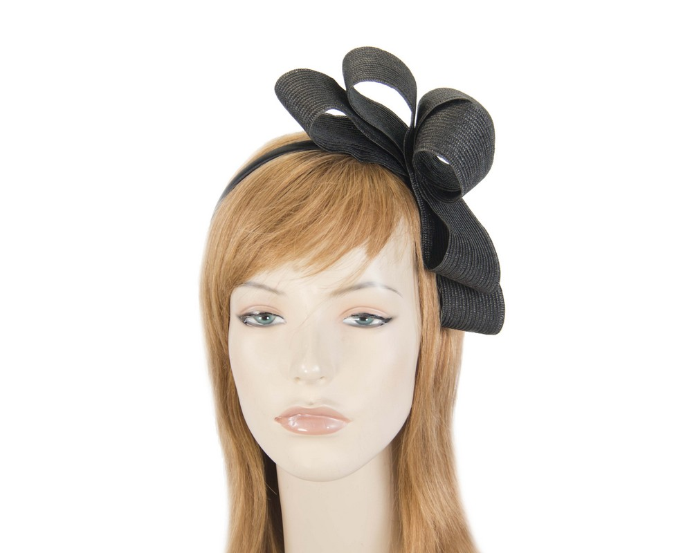 Black bow fascinator by Max Alexander